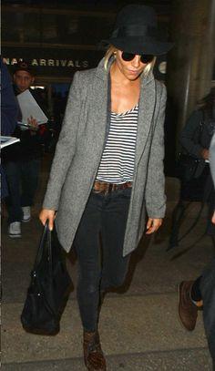 Sienna Miller in her 915 Low Rise Skinny Leg in Vanity. #JBRAND