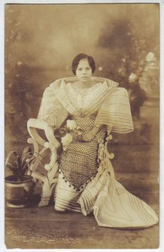 Philippines 1919-1920 old RPPC Filipina Girl in Filipiniana Photo Postcard