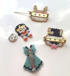Tisser des perles, c'est bien... Mais finaliser son tissage pour pouvoir admirer ses œuvres au quotidien, c'est mieux !!! Il y a différ...