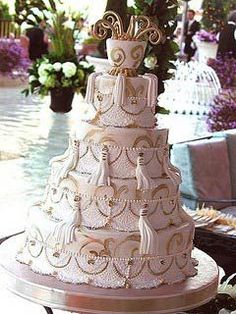amazing wedding cake extravagant