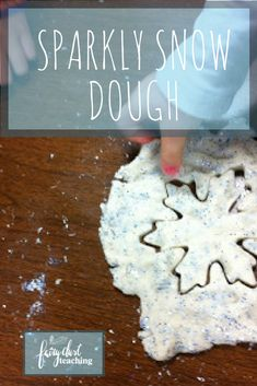 Add a little sparkle to your winter wonderland play with Sparkly Snow Dough! Click to grab the recipe! Winter Activities   Early Childhood Winter Activities   Winter Sensory Play   Fairy Dust Teaching