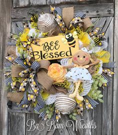 Your place to buy and sell all things handmade Summer Door Wreaths, Easter Wreaths, Diy Wreath, Wreath Ideas, Burlap Wreath, Burlap Projects, Sunflower Wreaths, Deco Mesh Wreaths, Spring Crafts
