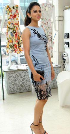 Beautiful Telugu Actress Rakul Preet Singh Long Legs Thigh Show In Mini Blue Skirt Beautiful Girl Indian, Most Beautiful Indian Actress, Bollywood Girls, Bollywood Actress, Bollywood Style, Tamil Actress, Beauty Full Girl, Beauty Women, Indian Celebrities
