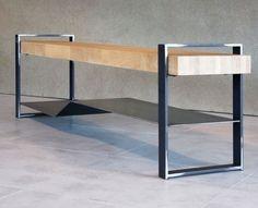 Un meuble bas en métal design idéale pour votre entrée. Ce meuble en métal offre un look moderne et lumineux tout en métal Esprit Loft