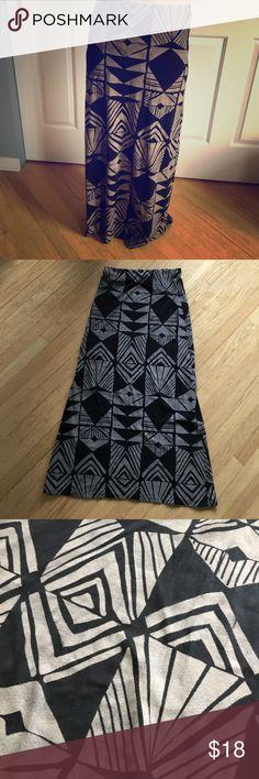 Billabong skirt! Size large Billabong Skirts Maxi