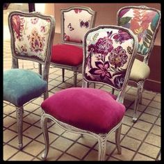 Use these colors and patterns for pillow ideas Reupholster Furniture, Chair Upholstery, Upholstered Furniture, Chair Makeover, Furniture Makeover, Furniture Decor, Refurbished Furniture, Upcycled Furniture, Painted Furniture