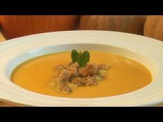 How To Make Pumpkin Soup Soup Recipes video recipe – The Most Practical and Easy Recipes Roast Pumpkin Soup, A Pumpkin, Malta Food, Greek Spinach Pie, Hungarian Cuisine, How To Make Pumpkin, Vegetable Casserole, Tasty Videos, Maltese
