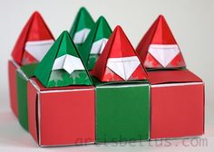 There will never be too many origami Santas! New Santa models keep materializing in the hands of origami creators year after year. Paper Ornaments, Xmas Ornaments, Christmas Tree Decorations, Christmas Origami, Christmas Diy, Martha Stewart Christmas, Japanese Christmas, Easter Specials, Japanese Origami