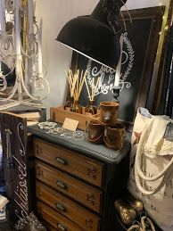 Les michous Vanity, Furniture, Home Decor, December 17, Natural Living, Dressing Tables, Powder Room, Decoration Home, Room Decor
