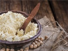 Gram flour, or Sattu. No matter what the name, it is hands down the most underestimated Indian Superfood despite its high nutrition value. Whole Foods, Whole Food Recipes, Usa Food, Bean Flour, Smoothies, Juicing For Health, Protein Diets, High Protein, Vegetarian