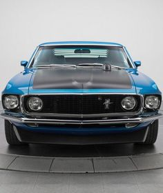 Mzansi Cars helps you stay updated about cars in South Africa for new cars, used cars and Pre-owned cars. Ford Mustang 1964, Ford Mustang Shelby Cobra, Mustang Boss 302, Mustang Fastback, Mustang Cars, Car Ford, Ford Mustangs, Shelby Gt500, Porsche