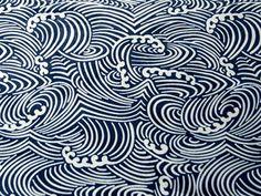 Tissu japonais traditionnel motif vague bleu nuit 120x50cm - c02f21610574 : Tissus Habillement, Déco par hyeri