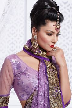 Simi Fashion is a department store with a wide array of products specifically catering to Asian shopping tastes. Simi Fashion is a design label which has progressed into one of the leading Asian Mail Order Catalogue & Online companies. We provide a wholesome experience in shopping for clothing, jewellery, accessories, Footwears,in Leicester and London.We provide a full shopping experience for the whole family.
