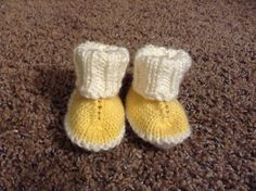 Ravelry: Baby Hug Boots pattern by marianna mel