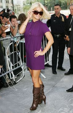 Pin for Later: From Midriff-Baring Pop Star to Sexy Mum: Jessica Simpson Through the Years 2006 Brown High Heel Boots, Brown Boots, High Heels, Fall Dresses, Dresses For Work, Jessica Simpson Style, Dress Skirt, Shirt Dress, Celebrity Makeup
