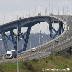 Le Havre, Pont de Normandie, France