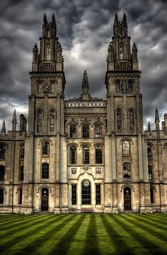 Two Towers, All Souls College, Oxford University, Oxford, England // by Photomorgana Check out the website to see Oxford England, England Uk, London England, Cornwall England, Yorkshire England, Yorkshire Dales, Travel England, The Places Youll Go, Places To Go