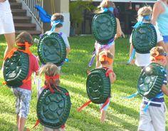 EASY ninja turtle costume! Painted foil dollar pans!