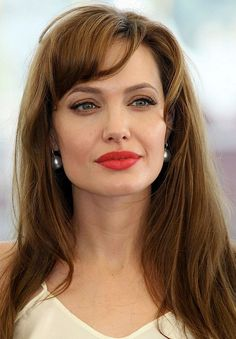 Angelina Jolie Long #Hairstyle: Soft Waves with Side Part #celebrityhairstyles http://tinkiiboutique.com/