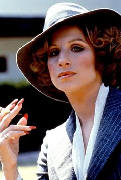 Barbra Streisand reprises her role as Fanny Brice in 1975's 'Funny Lady'.