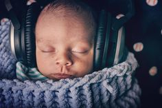 #workinglate because I was watching the #oscars2016 so #donotdisturb trying to concentrate in this #mixing  . This is part of a little #collection call #newborn.  And yeah!! This is the #photooftheday 3 of 3. . #newbornphotography #music #producer #musician #bose #photoshoot  #instamoment #instalove #cutebabies #film #camera #newmom #california #newbornfashion #newdad #babiesofinstagram #workinglate #records #babyboy #essentials #fashion #christianmusic #inspiration . Photo by…