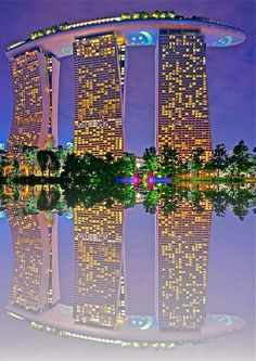 Marina Bay Sands in Singapore - some kind of drawing