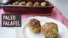 Nach einiger  Entwicklungszeit  ist es soweit:  Wir haben ein Rezept für vegetarische Frikadellen veröffentlicht - PALEO FALAFEL ➡  Na, wirst du das Falafel-Rezept ausprobieren?  #falalalafel #vegetarisch #fürmehrgemüseimleben