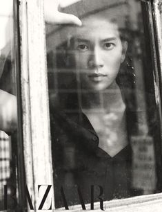Чжи Сон 지성 Ji Sung Actor Ji Sung Poses for Harper's Bazaar July 2014 Issue Asian Actors, Korean Actors, Korean Men, The Iron King, Hyun Seo, Save The Last Dance, Lee Bo Young, Yoo Ah In, Hallyu Star
