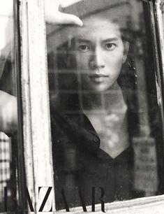 Чжи Сон 지성 Ji Sung Actor Ji Sung Poses for Harper's Bazaar July 2014 Issue Asian Actors, Korean Actors, Korean Idols, Korean Men, The Iron King, Hyun Seo, Save The Last Dance, Lee Bo Young, Bridal Mask