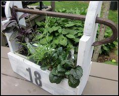 plant holder repurposed wood