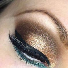 Whenever you do eye makeup, make your eyes look brighter. Your eye makeup must make your eyes stand out amongst the other functions of your face. Neutral Eye Makeup, Bright Eye Makeup, Subtle Makeup, Smokey Eye Makeup, Sexy Makeup, Beauty Makeup, Makeup Looks, Hair Makeup, Metallic Eyeshadow