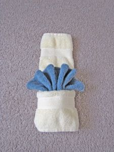 artistic towel foldingMy all time favorite go to towel folding