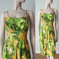 Vintage Summer Dresses, 50s Dresses, Cotton Dresses, Vintage Outfits, Vintage Fashion, Hourglass Dress, Tropical Dress, Fitted Skirt, Wiggle Dress