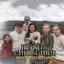 Angelo Kelly & Family: Irish Christmas 2016 // 29.11.2016 - 27.12.2016  // 29.11.2016 19:00 STUTTGART/Theaterhaus (am Pragsattel) // 30.11.2016 19:00 LÜBECK/Musik- und Kongresshalle Lübeck // 01.12.2016 19:00 BREMEN/Musical Theater Bremen // 02.12.2016 19:00 EMDEN/Nordseehalle Emden // 03.12.2016 19:00 DUISBURG/Theater am Marientor // 04.12.2016 18:00 HAMBURG/CCH - Congress Center Hamburg Saal 2 // 07.12.2016 19:00 BIELEFELD/Rudolf-Oetker-Halle // 08.12.2016 19:00 ERLANGEN/Heinrich-Lades...