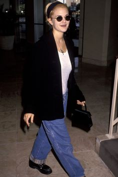 drew barrymore The Drew Barrymore Look Book Source by annecochranngwo outfits grunge Fashion 90s, Grunge Fashion, Vintage Fashion, Fashion Outfits, Fashion Trends, Street Fashion, 80s Fashion Icons, 80s Icons, Fashion Women
