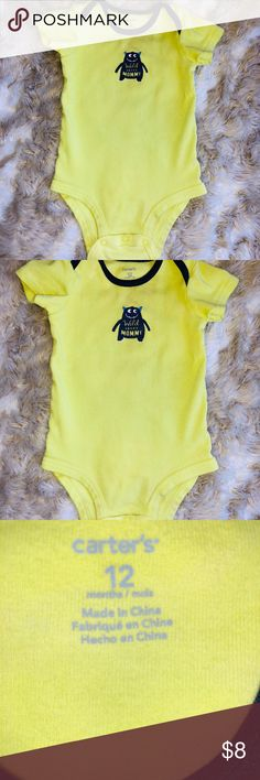 a0abcf0ff Carters onesie 12 months EUC Green carters wild about mommy graphic onesie  True to size 12