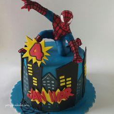 Spiderman - Cake by Hokus Pokus Cakes- Patrycja Cichowlas