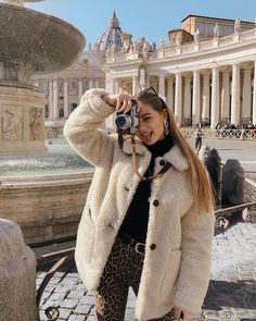 Are you looking for stylish jackets and coats? Then have a look at us . - Are you looking for stylish jackets and coats? Then drop by us! 1 online shop f - Trend Fashion, Look Fashion, Autumn Fashion, Fashion Women, Fashion Ideas, Fashion Tips, Girl Fashion, Classy Fashion, Grunge Fashion