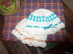 gorritas nena Crochet Hats, Beanie, Fashion, Knitting Hats, Moda, Fashion Styles, Beanies, Fashion Illustrations, Beret