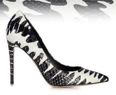 YOUR SUMMER IN BLACK AND WHITE Le Silla pumps in python leather: get classy and chic on www.lesilla.com!