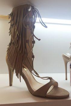 Dicas da Lú Santos: Quer ver as novas tendências em calçados??? Aqui v...