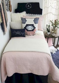 Custom dorm bedding packages from Cute dorm room bedding sets complete with throw pillows, duvet cover, bed skirt, headboard and more. All twin xl bedding sets are great dorm room ideas for you! Dorm Bedding Sets, Teen Girl Bedding, Girls Bedding Sets, Teen Girl Bedrooms, Teen Bedroom, Bedroom Ideas, Bedding Decor, Unique Bedding, Boho Bedding
