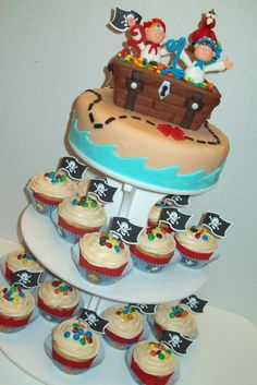 Love this pirate cake and the Stand