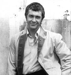 """""""The Professionals star Lewis Collins (Bodie) has died aged his agent says. Gorgeous Body, Beautiful Smile, Gorgeous Men, British Drama Series, British Actors, I Do Love You, Love Him, The Professionals Tv Series, Martin Shaw"""