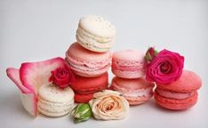 Mini Cupcakes, Macarons, Desserts, Food, Tailgate Desserts, Dessert, Postres, Deserts, Meals