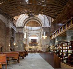 Centro Cultural en las Escuelas Pías de Lavapiés, en Madrid  José Ignacio Linazasoro  http://arqa.com/arquitectura/internacional/centro-cultural-en-las-escuelas-pias-de-lavapies.html?utm_source=feedly