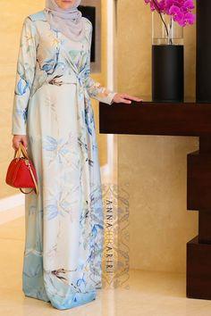 Knot Dress - modest occasional wear, light grey hijab, maxi dress with unique print. Muslim clothing www.annahariri.com