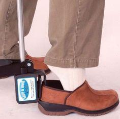 Shoe Boot Assist :: long handle shoe helper