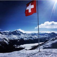 """Mi piace"": 2, commenti: 1 - ST. MORITZ'S SOUL (@stmoritzsoul) su Instagram: ""Enjoy st Moritz's Soul 😘#stmoritzsoul #stmoritz #sun #flag #switzerland #sky #blue #wind #winter…"" St Moritz, Switzerland, Mount Everest, Saints, Flag, Sky, Mountains, Winter, Nature"