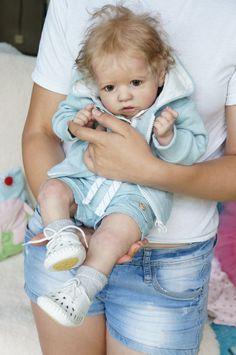"Baby Saskia by Bonnie Brown,reborn.22.5 "",Artist Tsybina Natalia ""Sweet bun"""